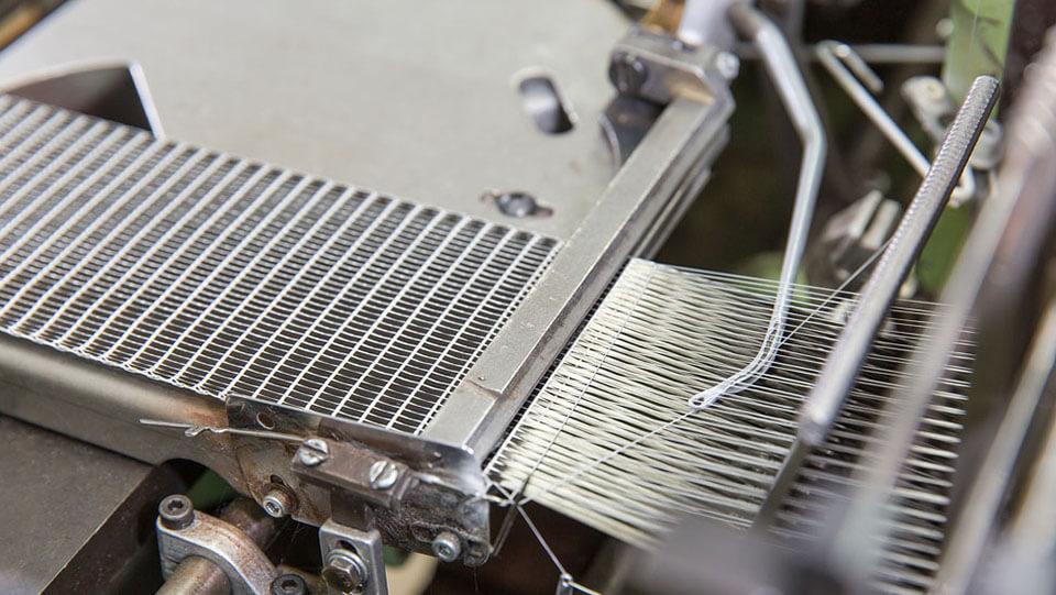 máy sản xuất băng keo lưới
